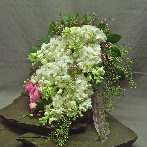 picture of delicate, feminine brides bouquet