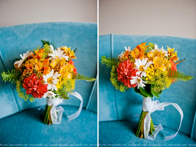 picture of bouquet with zinnias