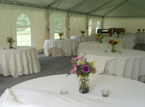 picture of wedding reception table centerpieces