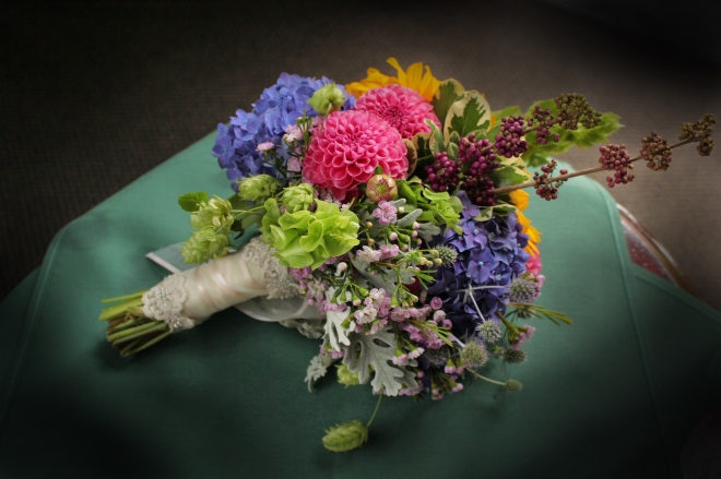 sample of seasonal brides bouquet