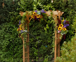 picture of sunflower arch decoration