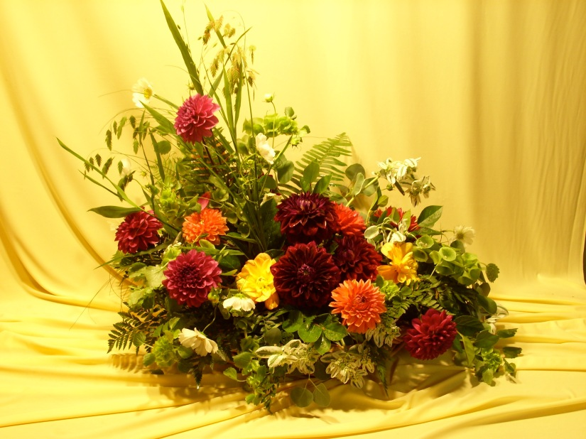 picture of funeral arrangement