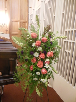 picture of funeral spray