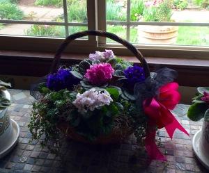 funeral-plant-basket-inside