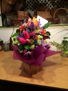 wrapped-tulips-in-magenta-ifo-baskets